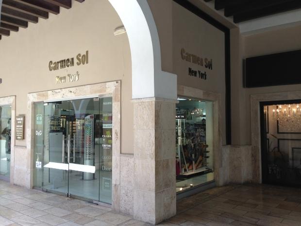 Hos Carmel Sol New York i Punta Cana kan du købe mærkevarer