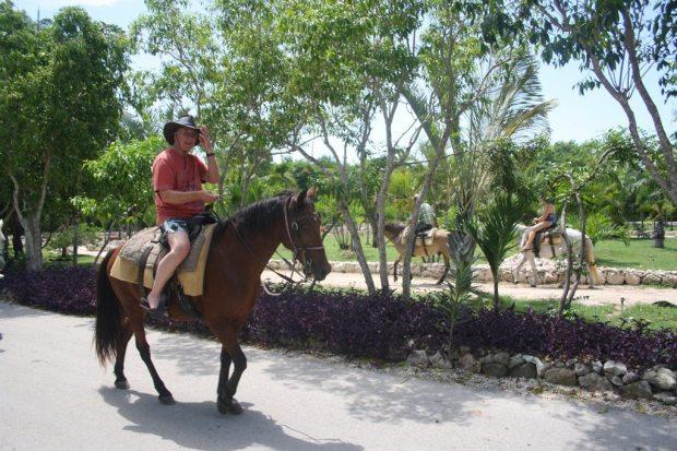 Ridetur og laguner - Dansk Punta Cana Guide
