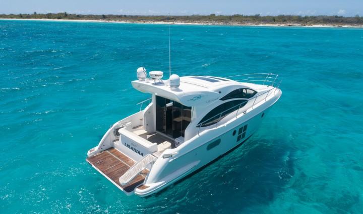 Luksus yacht på den Dominikanske Republik